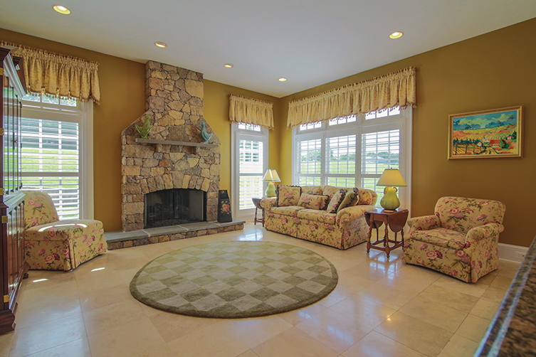 Adjacent Are The Breakfast Room (17u00277u201dx11u00279u201d) And Hearth Room (18u00275u201d X 17u0027)  With Floor To Ceiling Stone Fireplace. The Mud Room, Family Activity Center  ...