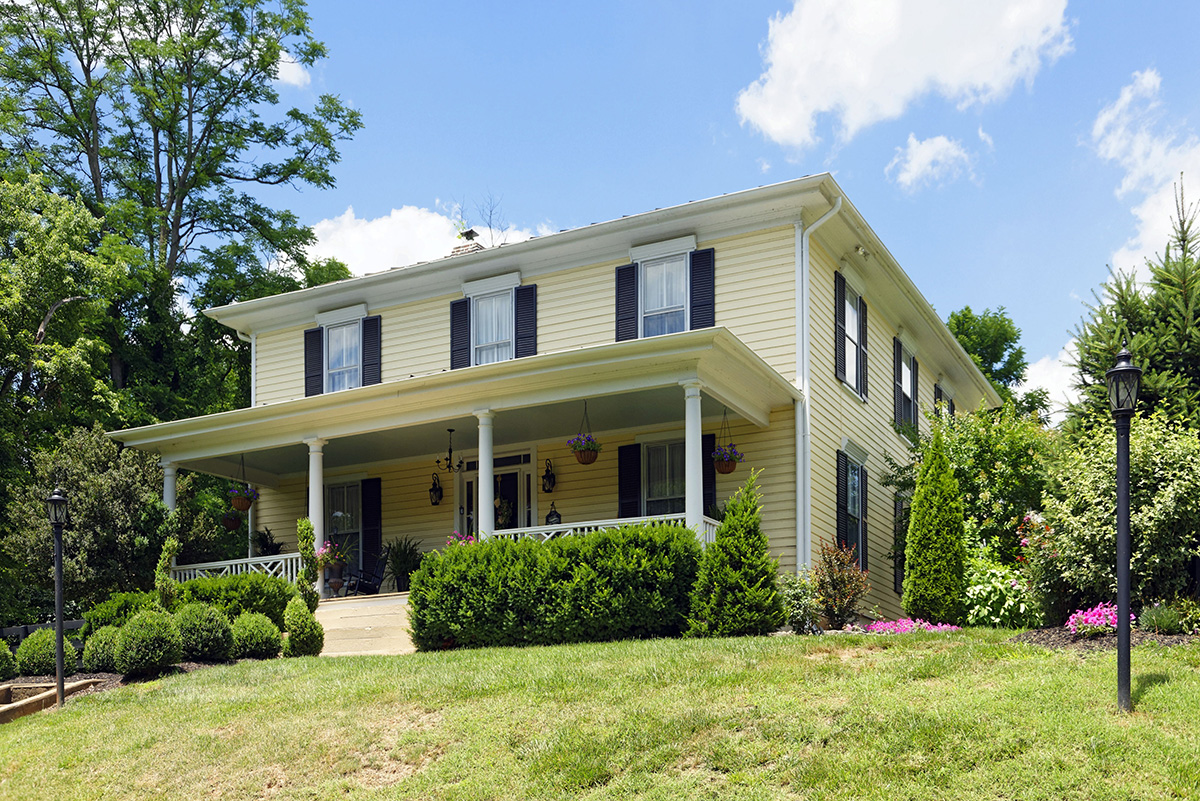 Thomas Talbot Exclusive Real Estate Middleburg Virginia   The Old Boarding  House